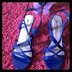 Shoes - Classy Sandals